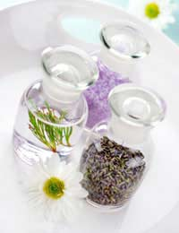 How to Make Gentle Bath Oil